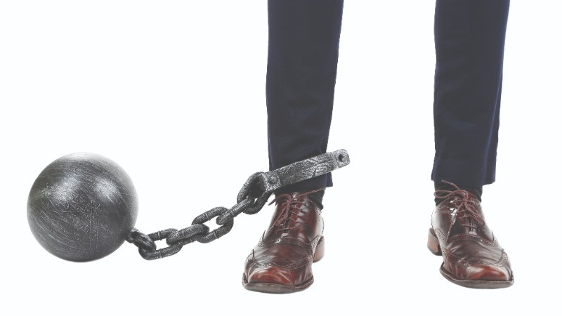 suited man in chain